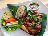 Gai Yang Kamin (grilled chicken, Thailand)