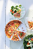 Puff pastry quiche with smoked chicken, mozzarella and red peppers