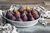Brown Turkey Figs in Vintage Tray
