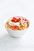 Oat porridge with yoghurt and fruit