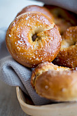 Crisp bagels with sea salt (close up)