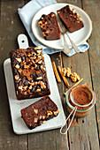 Kichererbsen-Brownie mit Birnen