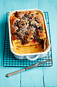 Yeast cake with poppy seeds