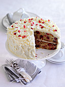 Cake with pomegranate and white chocolate
