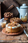 Walnut brittle cheesecake