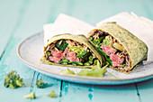 Algen-Wraps mit Rindfleisch, Brokkoli und Edamame
