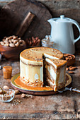 Pumpkin caramel cake with almond praline