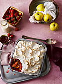 Roasted berry apples with meringue topping
