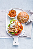 Country turkey burger with pumpkin cream