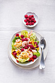 A slimming salad with devilled eggs and prawns