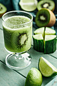 Green Smoothie with kiwi fruit, cucunber and lime