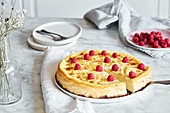 Low-carb cheesecake with raspberries