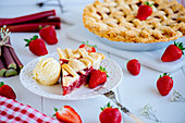 Rhubarb and strawberry pie with vanilla ice cream