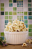 Popcorn flavoured with rosemary, honey and sea salt