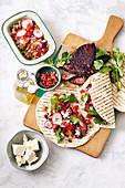 Rindfleisch-Tacos mit Tomaten-Rettich-Salsa