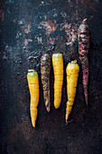 Yellow and red carrots