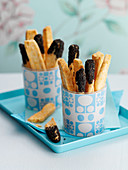 Cheese sticks with poppy seeds