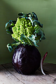Red cabbage and Romanesco