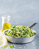 Pea, baby marrow and mint pasta