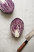 A halved red cabbage (seen from above)