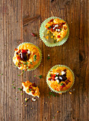 Muffins with olives, feta and thyme