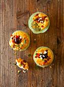 Muffins mit Oliven, Feta und Thymian