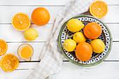 Orangen, Zitronen und Orangensaft