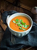 Chickpea and tomato cream soup (Italy)