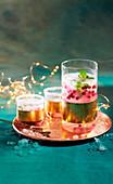 Kalter Wodka-Granatapfel-Punsch