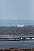 Falcon Heavy side cores landing