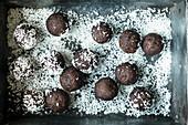 Mocha balls with lupine flour