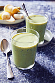 A banana and kiwi shake with quark and basil