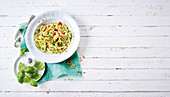 Courgette noodles with chicken (low carb)