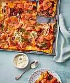 Pizza with fennel and salmon