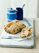 Soda bread with hazelnuts and dried fruits