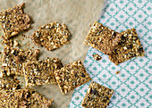 Low-carb rosemary crackers