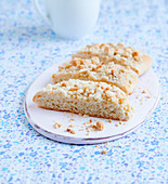 Crumble cake, sliced