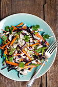 Raw salad with fennel and carrots