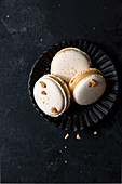 Peanut macarons