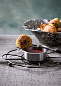 Fried sticky rice vegetable balls (vegan)