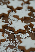 Cinnamon stars with sugar nibs