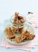 Honey muesli slice