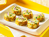 Omelettröllchen mit Schnittlauch