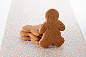 Gingerbread men, undecorated