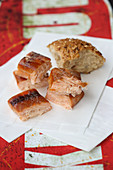Grilled marinated salmon cubes