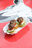 Sliders with grilled meatballs