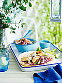 Fisch-Tacos mit Krautsalat