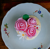Cupcake with a pink rose