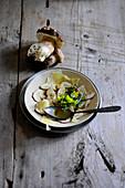 Steinpilz-Carpaccio mit Parmesan