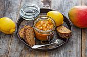 Mango spread with dates (vegan)